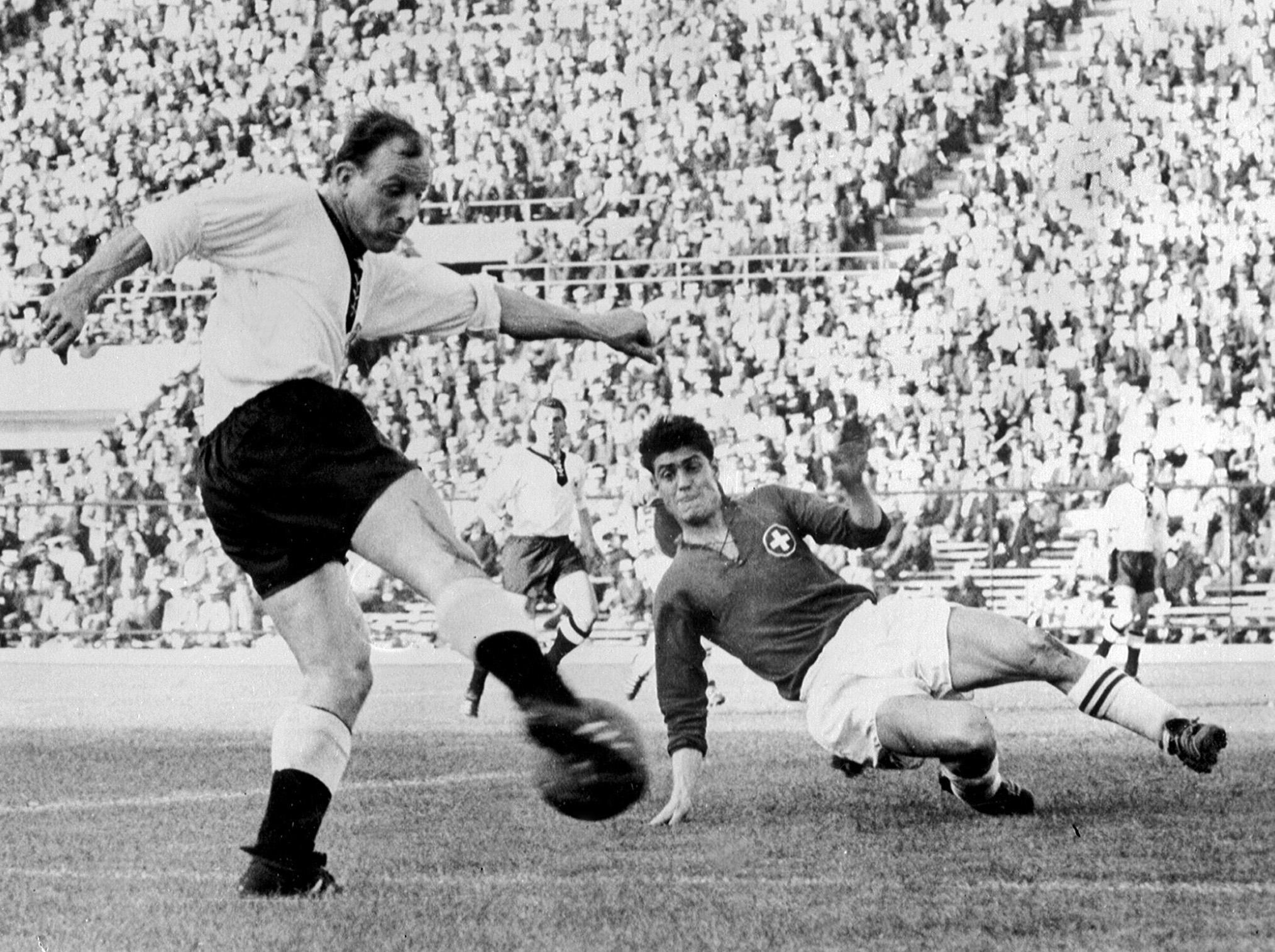 نتيجة بحث الصور عن مباراة يوغوسلافيا وتشيكوسلوفاكيا 1962