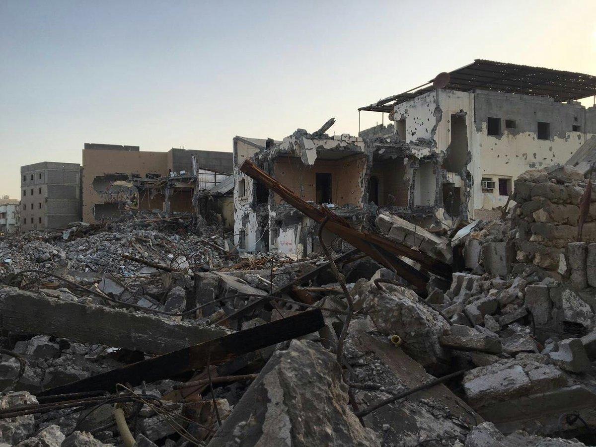 من آثار الدمار الذي ألحقته السلطات السعودية بحي المسورة في العوامية بالقطيف (مواقع التواصل الاجتماعي)