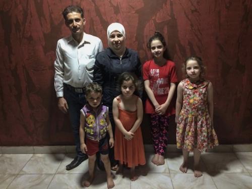 عائلة محمد معروف (سالي هايدن/ irishtimes)
