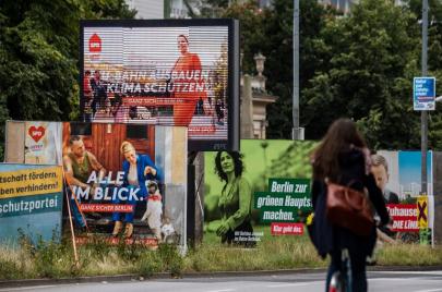 أكثر الانتخابات تقلبًا في تاريخ ألمانيا.. هل تنتهي سيطرة تحالف يمين الوسط؟