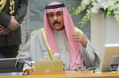 نواف الأحمد الجابر الصباح.. من هو الأمير الجديد للكويت؟