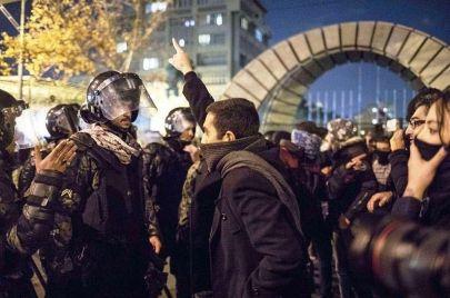 احتجاجات خوزستان.. صوت جنوب إيران المهمّش