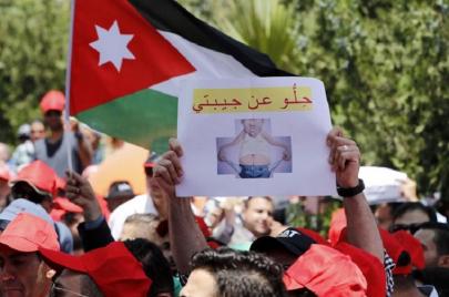 النكتة السياسية في الأردن.. ملاذ للغلبانين