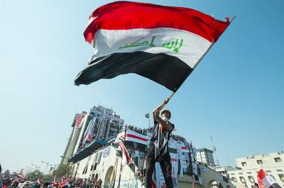 بعد زيارته لطهران.. الكاظمي يفتتح حقبته بقمع احتجاجات ساحة التحرير