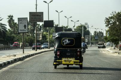 اللبناني وسائق التّوكتوك