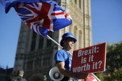 خيارات بريكست.. هل تتجه بريطانيا إلى استفتاء جديد؟