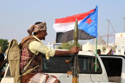 معارك عدن.. انقلابٌ إماراتي وورطة سعودية