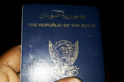 من لاجئي سوريا إلى بدون الكويت.. كيف حصلوا على الجنسية السودانية؟