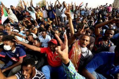 اتفاق الوثيقة الدستورية في السودان.. فرح حذِر