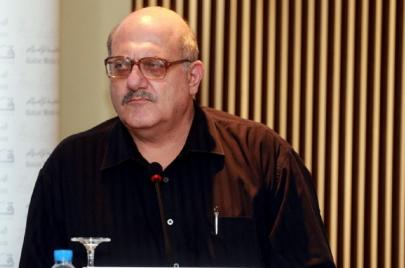 عارف حجّاوي: أخاف من الخائفين على اللغة العربية