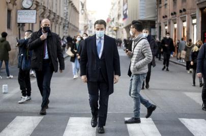 أزمة سياسية بإيطاليا.. هل تطيح كورونا بحكومة كونتي؟