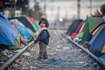 اللاجئون في اليونان.. من بوليس تركيا إلى مخاوف أوروبا