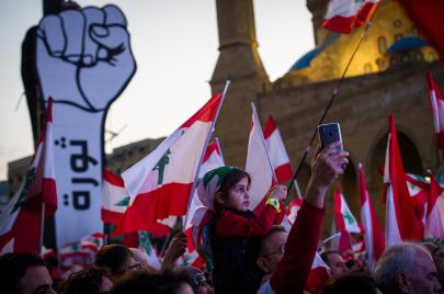 لبنان يشهد تصعيدًا جديدًا.. تسريبات التشكيلة الحكومية تحيي الغضب