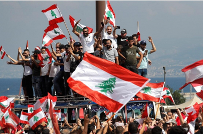 ميادين لبنان ترفض ورقة الحريري