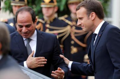 ماكرون في القاهرة.. حقوق الإنسان غائبة أمام صفقات التسليح