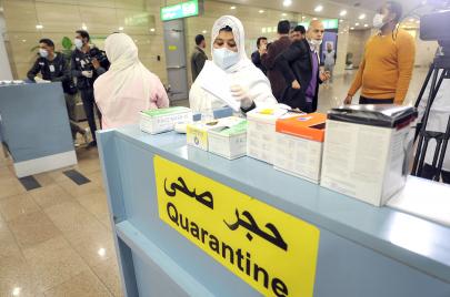 بعد حربها الطويلة على الأطباء.. السلطات المصرية تطلب متطوعين لمواجهة كورونا