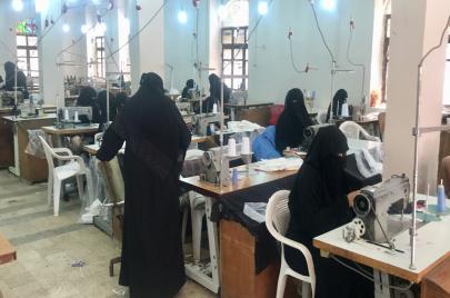 وباء كورونا يعيد مصنع الغزل والنسيج باليمن إلى الواجهة
