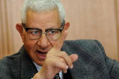 نقيب الصحفيين الأسبق يضع النظام المصري في مأزق