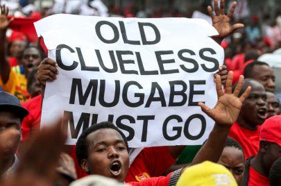 ثورة الفهود الشابة.. هل سيتنحى الرجال العجائز من حُكم أفريقيا؟