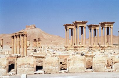 سوريا تنزف آثارها