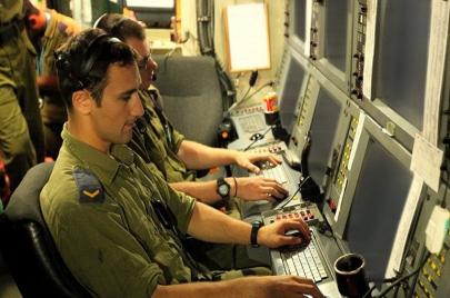 نيويورك تايمز: أبوظبي تستعين بخبرات إسرائيلية للتجسس على قطر