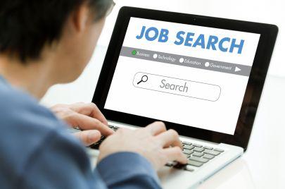 4 مواقع للبحث عن عمل في السعودية