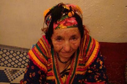 أن تفقد جدتك الأمازيغية