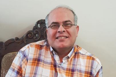حوار  غسان حمدان: أنا ابن اللغات المتعدّد