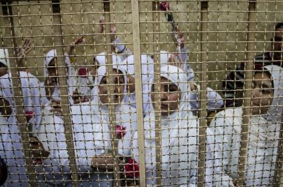 سجون مصر.. إهمال وتكديس وتقتيل