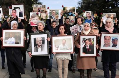 الاعتراف المنقوص بضحايا السجون.. احتفال نظام الأسد على مذبح المجتمع المتجانس