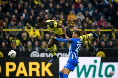 هيرتا برلين يُسقط دورتموند في الدوري الألماني .. والبايرن يقبل الهديّة