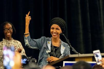 نساء ملونات وسكان أصليون في الكونغرس.. هل تغير مزاج الناخب الأمريكي؟