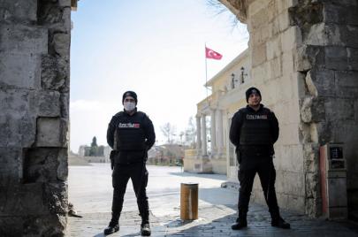 تركيا تطلق سراح 100 ألف سجين ضمن إجراءاتها الاحترازية لمواجهة كورونا