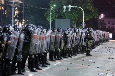 مراسلون بلا حدود تنتقد واقع القضايا الصحفية قضائيًا في صربيا والجبل الأسود