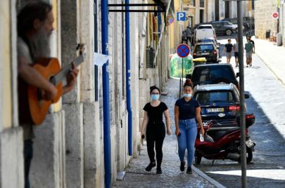دول الاتحاد الأوروبي تستعد لفتح أبواب السياحة ضمن شروط محددة