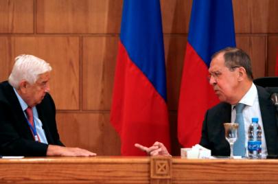 الالتفاف على العقوبات الأمريكية محور زيارة وفد الكرملين لبشار الأسد