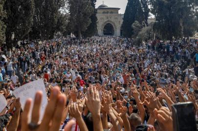 تصريحات ماكرون وموجة التطبيع العربي - الإسرائيلي