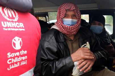حياة ملايين اللاجئين حول العالم مهددة بعدم توفر لقاحات كورونا