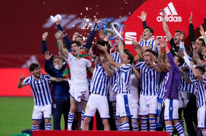 ريال سوسيداد يحسم ديربي الباسك ويتوّج بكأس الملك للمرة الثالثة في تاريخه