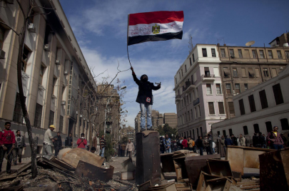 هل ينتحر المصريون في