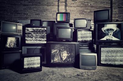 وسائل الإعلام.. مركز صناعة الوحوش