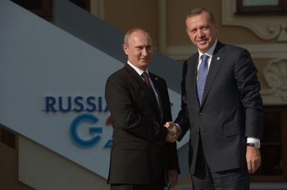 لماذا يتودد أردوغان إلى بوتين؟