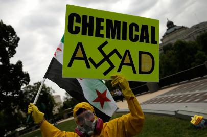 تركيبة الإبادة الكيماوية.. من يزود نظام الأسد بالإيزوبروبانول؟