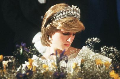 لماذا تأبى حكاية الأميرة ديانا الاندثار؟ الإجابة في