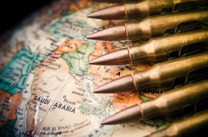 شراء الوهم.. السعودية تتصدر قائمة مستوردي السلاح في العالم