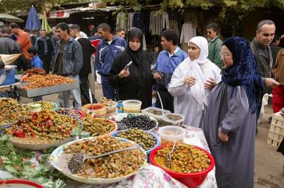 رمضان الجزائريين.. أرصفة محتلة