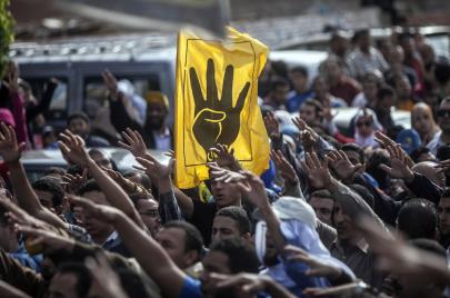 صحف مصر توحد هجومها ضد الإخوان.. اسألوا المخابرات!