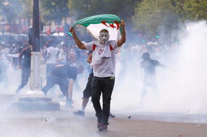 #طبعًا_مقاومة.. الجزائريون