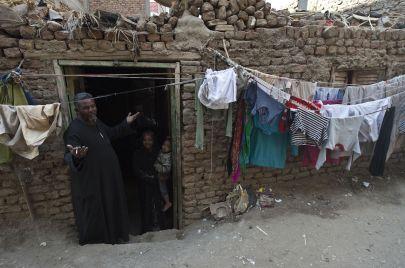 الأسر المصرية في عهد الغلاء: معارك لا تنتهي!