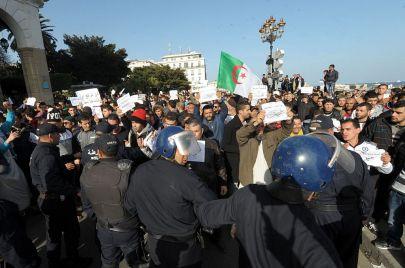 انتخابات 2017 توحد الأحزاب الإسلامية في الجزائر